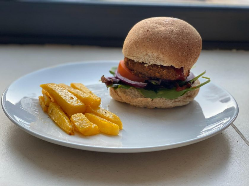 Vegan Burger and Chip